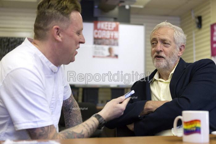 Jeremy Corbyn being interviewed by media, leadership election rally, Hanley, Stoke on Trent - John Harris - 2016-09-01