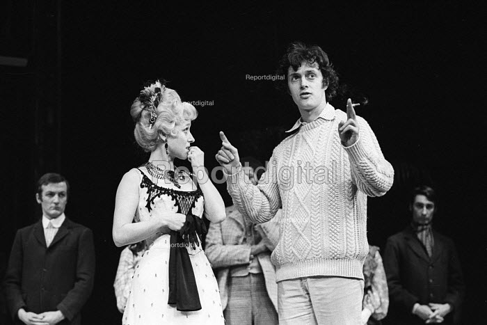 Lead actress Barbara Windsor with the director, Robin Phillips, Sing A Rude Song, The Greenwich Theatre, 1970. A play based on the life of Marie Lloyd, written by Ned Sherrin and Caryl Brahms. - Patrick Eagar - 1970-02-18