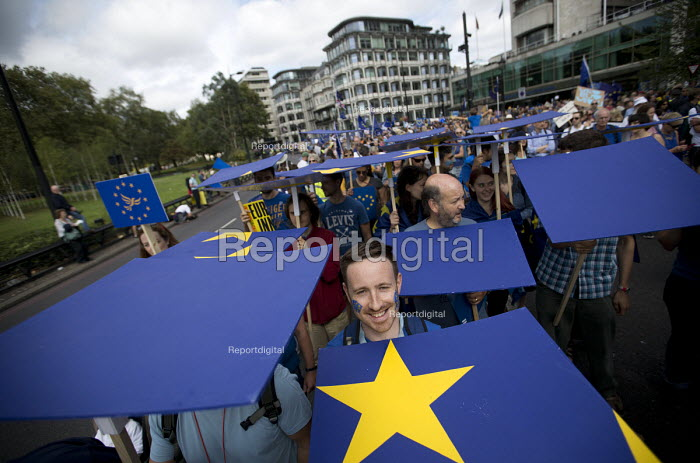 March for Europe against the Brexit EU referendum result, Central London. - Jess Hurd - 2016-09-03