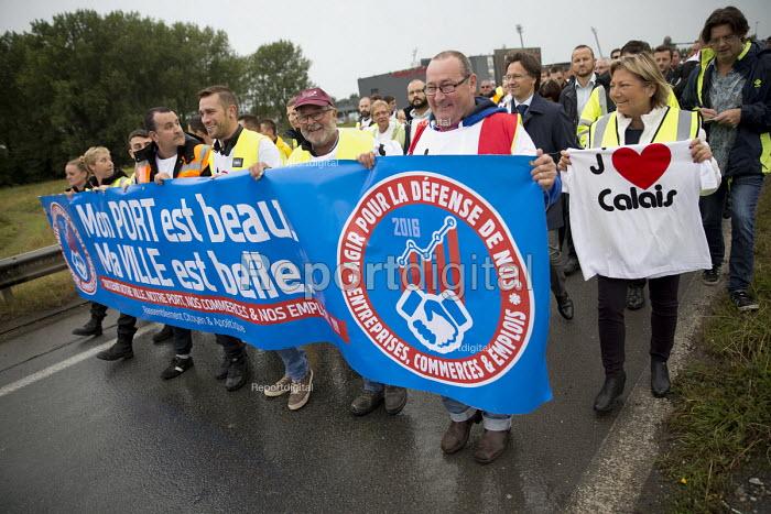 Natacha Bouchart, Calais mayor joins blockade of truckers and farmers demanding Calais Jungle refugee camp closure joined by Port of Calais dockers. France. - Jess Hurd - 2016-09-05