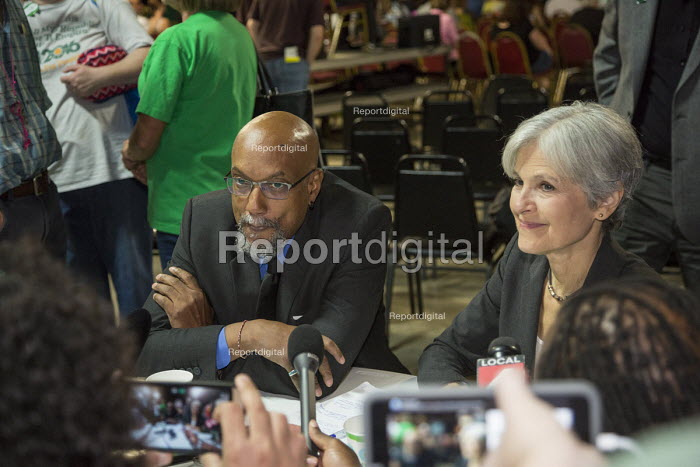 Detroit, Michigan USA Green Party presidential candidate Jill Stein responding to a questions at a press conference with Ajamu Baraka - Jim West - 2016-09-03