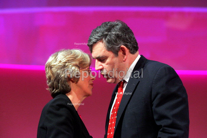 Gordon Brown and Patricia Hewitt 2005 Labour Party Spring Conference, The Sage, Gateshead On Tyne. 12/2 2005 Chancellor Gordon Brown and Patricia Hewitt of Trade and Industry. - Mark Pinder - 2005-02-12