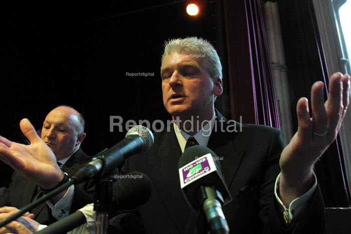 Former policeman Ray Mallon, dubbed Robocop who was the pioneer of Zero Tolerance policing in Britain at Middlesbrough Town Hall for the election count which will return him as the first elected mayor of the town. Seen here at the press conference follwing his victory. - Mark Pinder - 2002-05-03