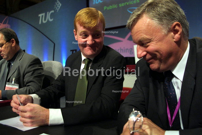 Liberal Democrat leader Charles Kennedy with TUC leader John Monks, after his speech to the 2002 TUC conference, Blackpool. 11/9 2002. - Mark Pinder - 2002-09-11