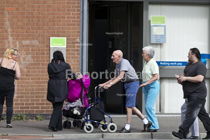 Jobcentre Plus office, Shirebrook, Derbyshire - John Harris - 2016-09-07