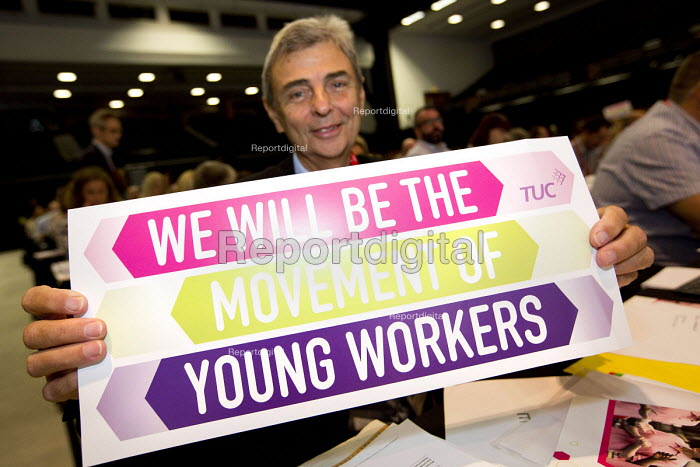 Dave Prentis, UNISON supporting Young Workers at TUC conference Brighton. - Jess Hurd - 2016-09-12
