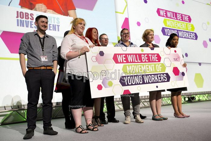 Young Workers at TUC conference Brighton: Craig Dawson, GMB, Becca Hufton, CWU, Charlotte Upton, Unite, Sean Kelly, GMB, Sophie Shaw, Unite, Nicola Hawkins, Equity, Unite - Jess Hurd - 2016-09-12