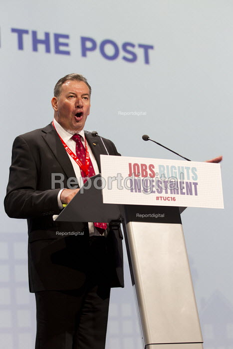 Terry Pullinger, CWU speaking TUC conference Brighton. - Jess Hurd - 2016-09-12