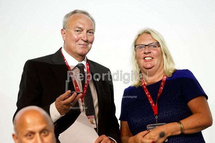 Paddy Lillis, Labour Party amnd Liz Snape (Pres) TUC conference Brighton. - Jess Hurd - 2016-09-12