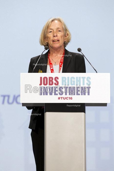 Cathy Warwick, RCM speaking TUC conference Brighton. - Jess Hurd - 2016-09-13