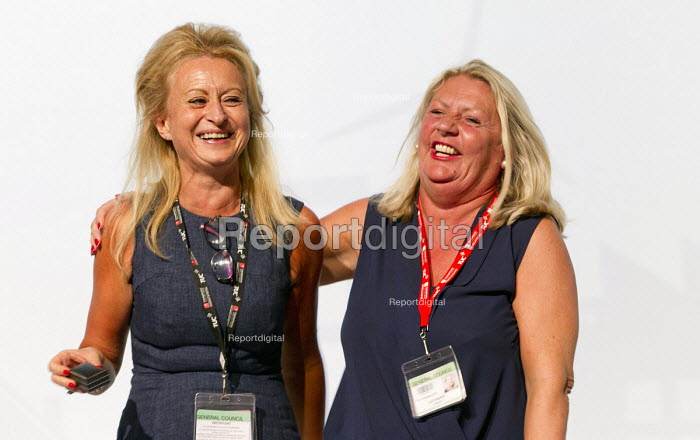 Claire Sullivan CSP giving vote of thanks to President Liz Snape, UNISON, TUC conference Brighton - Jess Hurd - 2016-09-14