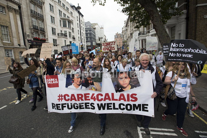 Care 4 Calais join Refugees Are Welcome Here National Demonstration, Central London. - Jess Hurd - 2016-09-17