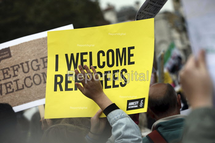 Refugees Are Welcome Here National Demonstration, Central London. - Jess Hurd - 2016-09-17