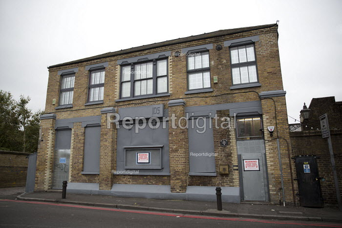Closure and property redevelopment of Passing Clouds, a community music venue, Dalston, East London. - Jess Hurd - 2016-09-11