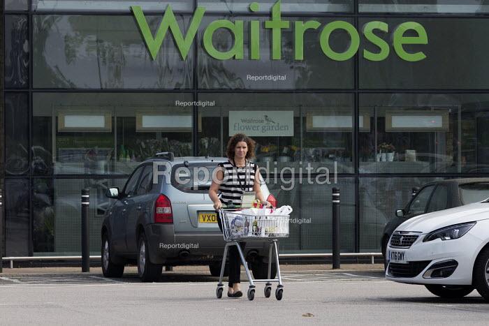 Waitrose supermarket, Stratford-upon-Avon, Warwickshire - John Harris - 2016-09-15