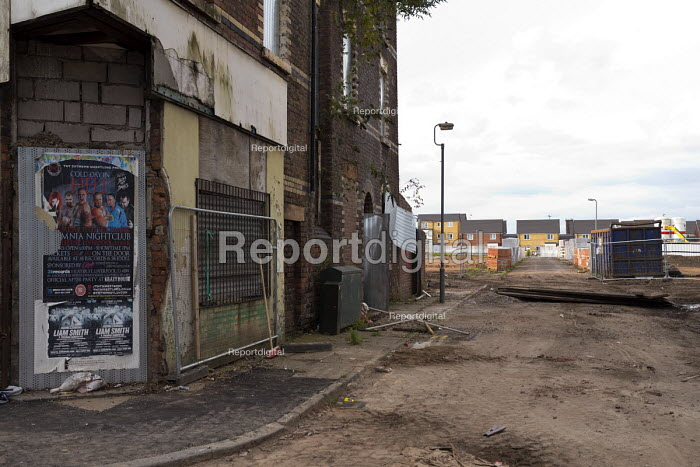 Regeneration, new housing and demolition of old shops, Edge Hill, Liverpool - John Harris - 2016-09-23