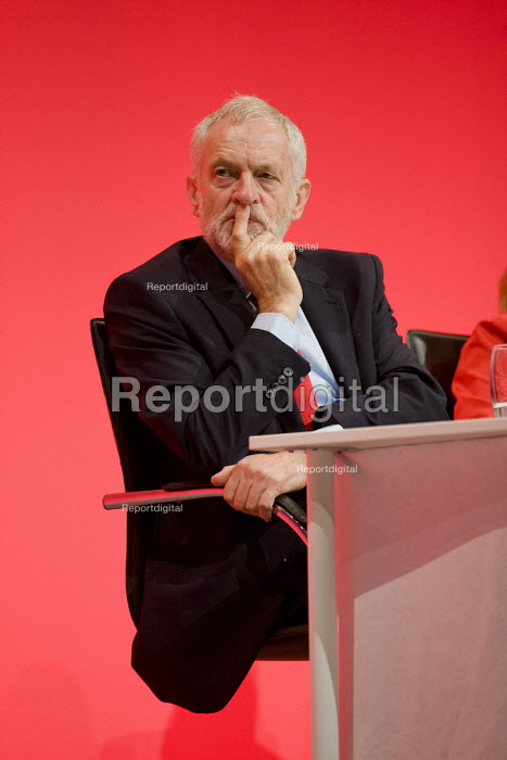 Jeremy Corbyn, Labour Party conference Liverpool. - Jess Hurd - 2016-09-26