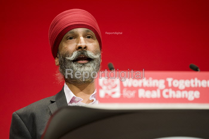 AJ Singh, CWU speaking Labour Party conference Liverpool. - Jess Hurd - 2016-09-26