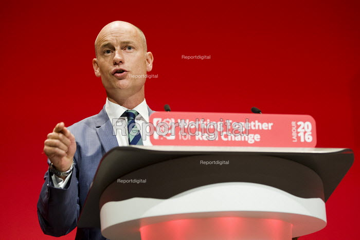 Stephen Kinnock MP speaking Labour Party conference Liverpool. - Jess Hurd - 2016-09-26