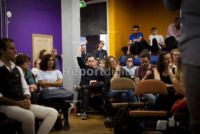 Discussion, workshop The World Transformed, Black-E, Liverpool - connor matheson - 2016-09-25