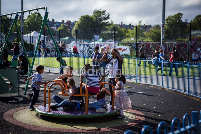 Children playing in the park, annual Sharrow Festival. Sharrow, Sheffield, South Yorkshire. - Connor Matheson - 2016-07-16