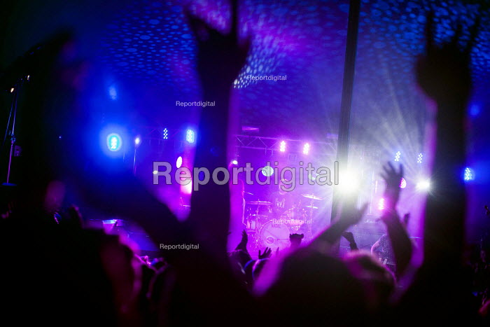 Music fans enjoying their time at the ArcTanGen Music Festival. Bristol - Connor Matheson - 2016-08-18