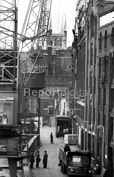 Docks at Clink Wharf on the River Thames, Southwark, London 1965 - Patrick Eagar - 1965-02-04