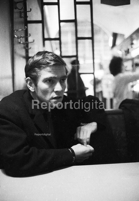 Actor Tom Courtenay Waterloo London 1963 - Romano Cagnoni - 1963-03-25