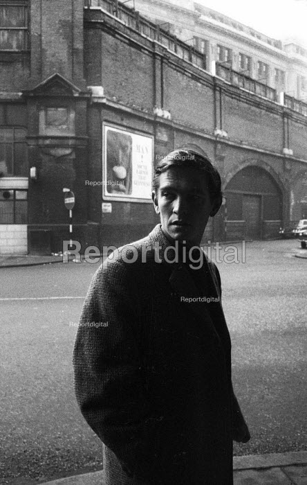 Actor Tom Courtenay Waterloo London 1963 - Romano Cagnoni - 1963-03-25