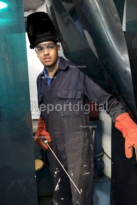 Apprentice welder, Apprentice Academy at Tata Steel Port Talbot, South Wales - Jess Hurd - 2016-09-22