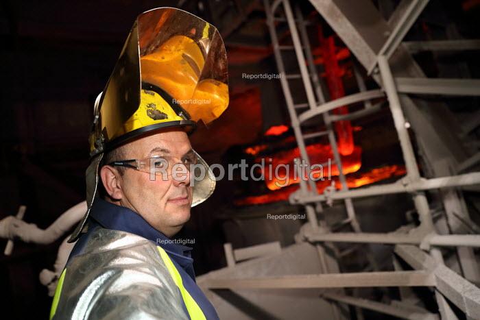 Steelworker, Tata Steel Port Talbot, South Wales - Jess Hurd - 2016-09-23