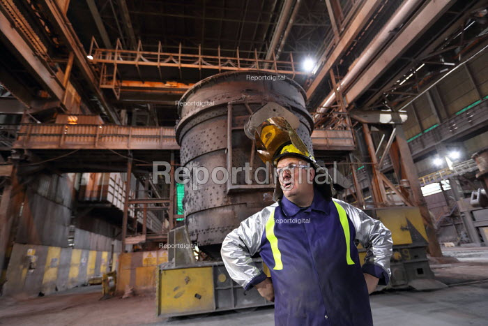 Steelworker, Tata Steel Port Talbot, South Wales - Jess Hurd - 2016-09-23