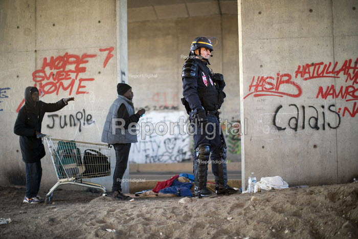 Refugees in the Jungle camp, eviction by French authorities, Calais, France - Jess Hurd - 2016-10-27