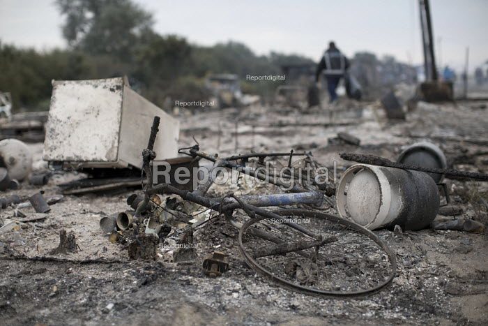 Burnt out remains after the eviction of refugees from the Jungle camp, Calais, France - Jess Hurd - 2016-10-26