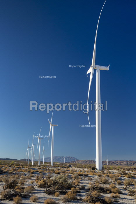 Ocotillo, California - The Ocotillo Wind Project uses 112 wind turbines to generate 265MW of electricity. The wind farm is operated by Pattern Energy - Jim West - 2016-10-15