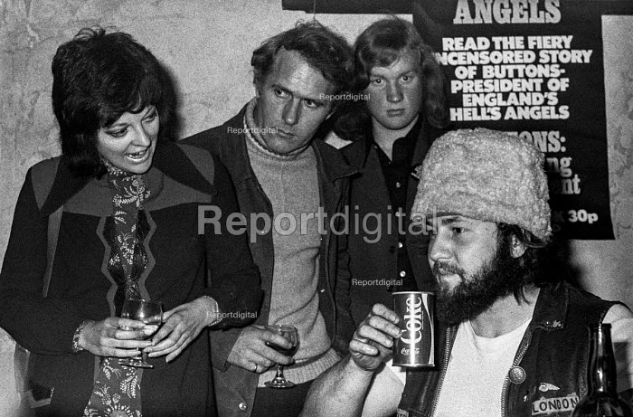 1971 Buttons, President of Hell's Angels England chapter holding press conference to launch book about his life The Making of a President, Covent Garden, London - Martin Mayer - 1971-10-06