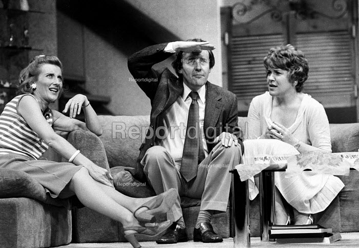 Richard Briers, Cheryl Kennedy and Phyllida Law in Absent Friends by Alan Ayckbourn, Garrick Theatre, London, 1975 - Chris Davies - 1975-07-22