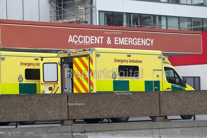 Accident & Emergency department, St Thomas' Hospital, London - Philip Wolmuth - 2017-02-06