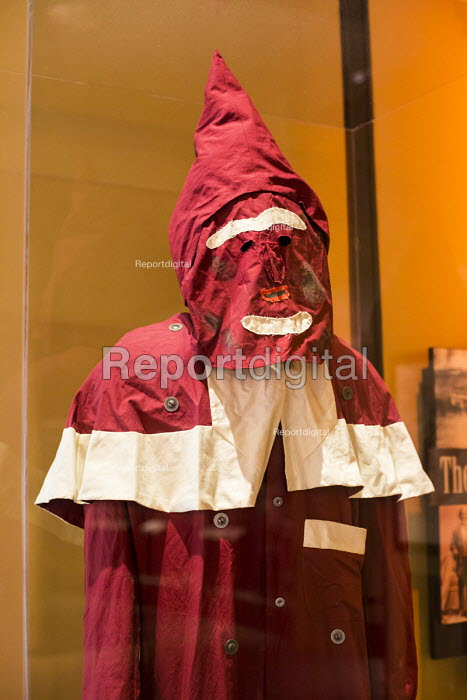 Cincinnati, Ohio replica of an early Ku Klux Klan robe used soon after the Civil War. National Underground Railroad Freedom Center museum of the history of slavery and the underground railroad - Jim West - 2017-01-17