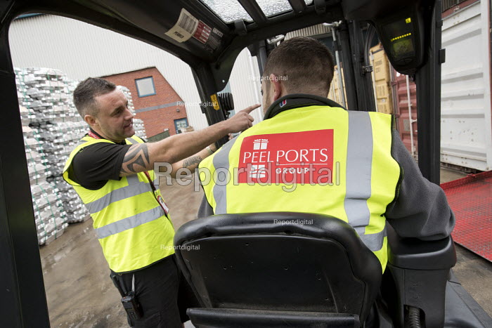 Rob Critchlow, supervisor, Multi User Warehouse, Seaforth Docks, Peel Ports - Port of Liverpool. - Jess Hurd - 2016-09-28