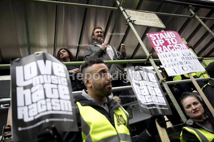 Kevin Courtney NUT speaking Stand up to Racism protest, UN Anti Racism Day, London - Jess Hurd - 2017-03-18