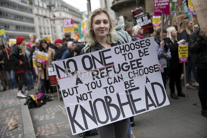Stand up to Racism protest, UN Anti Racism Day, London. No one chooses to be a refugee but you can choose not to be a knobhead - Jess Hurd - 2017-03-18
