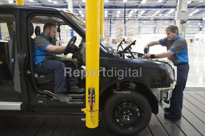 Prototype TX5 production. London Taxi Company opening a new car factory to make TX5 electric Black Cab taxis, Ansty, Coventry. LTC is owned by Chinese car maker Geely - John Harris - 2017-03-22