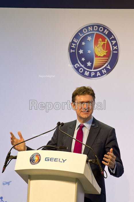 Greg Clarke speaking at the launch. London Taxi Company opening a new car factory to make TX5 electric Black Cab taxis, Ansty, Coventry. LTC is owned by Chinese car maker Geely - John Harris - 2017-03-22