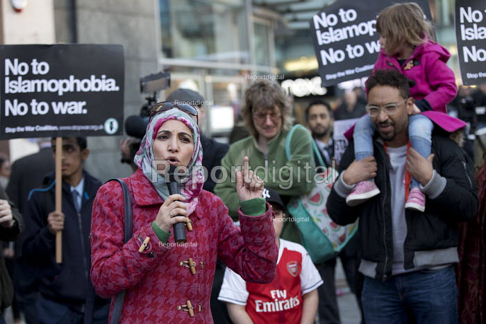 Salma Yaqoob speaking Unity Vigil Against Hatred and Division in response to the Westminster attacks called by Stand Up to Racism, Birmingham. - Jess Hurd - 2017-03-24
