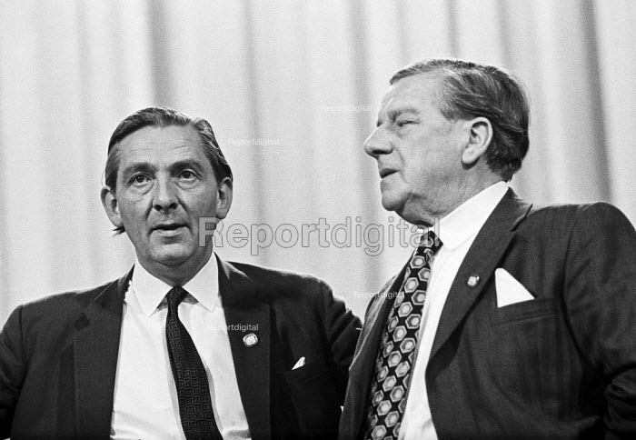Vic Feather (R)) retiring TUC gen sec and Len Murray incoming general sec, TUC conference Blackpool 1973 - NLA - 1973-09