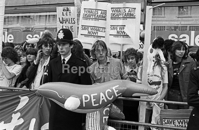 FOE lobby of delegates to the International Whaling Commission to Save the Whales, London 1976. To demand the end of commercial whaling by Russia and Japan - NLA - 1976-06-21