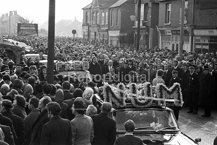 Funeral of Fred Matthews killed by a scab lorry while picketing a Keadby Power Station during the 1972 miners strike, Doncaster. 5,000 miners attended the funeral of the NUM member from Hatfield colliery - Peter Arkell - 1972-02-08