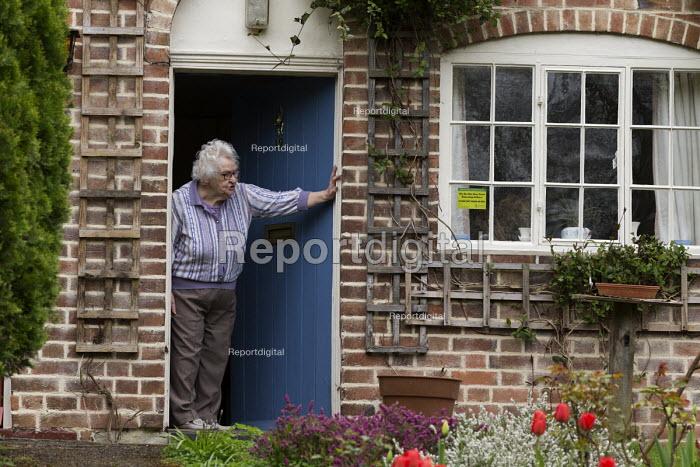 Pensioner on her doorstep, Shottery, Stratford-upon-Avon, Warwickshire - John Harris - 2017-04-07