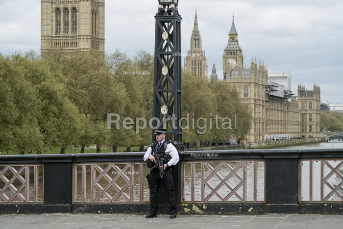 Armed police officer, Lambeth Bridge, London during the funeral of PC Keith Palmer - Philip Wolmuth - 2017-04-10